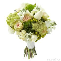 wedding flowers, arranged wedding flowers, green wedding flowers